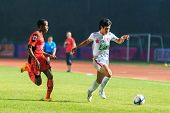 Sisaket Thailand-february 18: Chayaphat Kitpongsrithada Of Bec Tero (white) In Action During Thai Pr