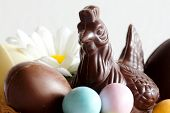 eASTER DECORATION WITH DARK CHOCOLATE HEN AND CHOCOLATE EGGS