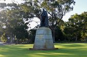 pic of king  - John Forrest statue in Kings Park Perth honors the first Premier of Western Australia and the first President of the Kings Park Board - JPG