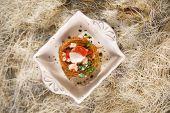 picture of scallops  - Presentation in flat nest of spaghetti sauce full of scallops  - JPG