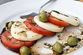 Salada de Provolone e tomate