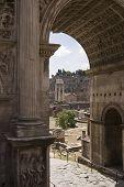 View Through Arco Di Settimio Severo