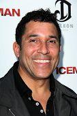 LOS ANGELES - APR 22:  Oscar Nunez arrives at