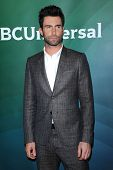 LOS ANGELES - JAN 06: Adam Levine kommt in der NBC-Winter-TCA-Jahr 2013 alle Star am 6. Januar 2013