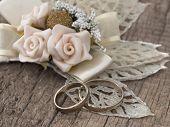 wedding rings in the vintage arrangement