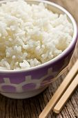 boiled jasmine rice in ceramic bowl