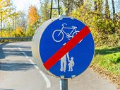 sign for bike path and walkway. impact on road traffic
