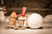 Wine Cork Figures, Concept Rolling Snowball Together