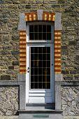 Simple Decoration Of Entrance Door