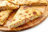 Pizza Calzone mit Thunfisch