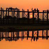 u-Bein-Brücke bei Sonnenuntergang, myanmar