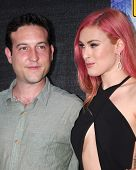 LOS ANGELES - MAY 30:  Chris Marquette, Rumer Willis at the