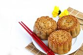 picture of mid autumn  - Mooncake and teaChinese mid autumn festival food - JPG