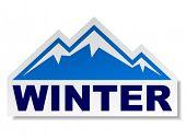 etiqueta engomada de montaña de invierno del vector