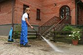 picture of pressure-wash  - professional cleaning - JPG