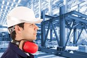 Site manager in an industrial facility
