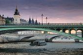 Pont Notre-dame.