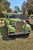 1933 Dodge Six Series Dp Sedan