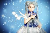 picture of snow queen  - Portrait of a beautiful girl who looks like a little snow Queen - JPG