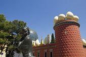 Tramuntana Statue And Dali Museum. Figueres