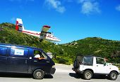 Dramatische Winair Flugzeug Landung in St. Barts Flughafen
