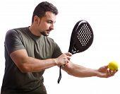 Постер, плакат: Игрок в теннис ракетки на белом