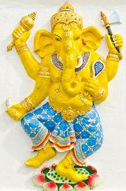 image of avatar  - God of success 31 of 32 posture - JPG