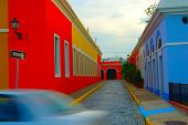 Colorful_streets_puerto_rico