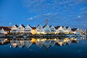 pic of marina  - Reflection on the water  - JPG