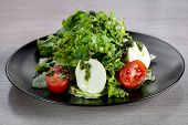 Mozzarella ceaser salad