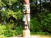 Totem Pole in Totem Bight State Park 6