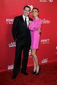 LOS ANGELES - FEB 10: Bill Rancic; Giuliana Rancic kommt bei der 2012 MusiCares Gala zu Ehren Paul