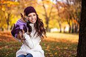 Постер, плакат: Красивые счастливая женщина с ней собака концепция я люблю моя собака