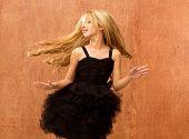preto garoto garota dançando e torcer em fundo vintage