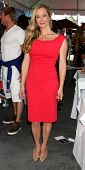 LOS ANGELES - AUG 23:  Jennifer Gareis at the Bold and Beautiful Fan Meet and Greet at the Farmers M