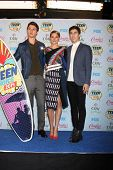 LOS ANGELES - AUG 10:  Ansel Elgort, Shailene Woodley, Nat Wolff at the 2014 Teen Choice Awards Pres