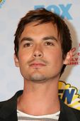 LOS ANGELES - AUG 10:  Tyler Blackburn at the 2014 Teen Choice Awards Press Room at Shrine Auditorium on August 10, 2014 in Los Angeles, CA