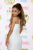 LOS ANGELES - AUG 10:  Ariana Grande at the 2014 Teen Choice Awards at Shrine Auditorium on August 10, 2014 in Los Angeles, CA