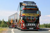 Volvo Show Truck Tutankhamun On The Road
