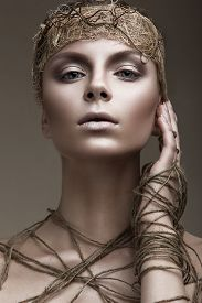 picture of pale skin  - Beautiful girl with a bronze skin - JPG